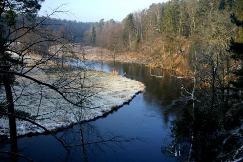 Dolina rzeki Wdy w słońcu do tego zimą!!!