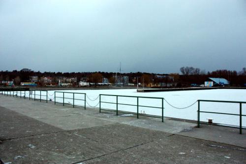 Port w Krynicy Morskiej zimą